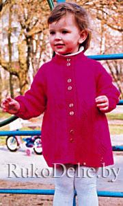Платье для девочки, связанное на спицах