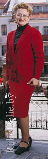 Женский костюм из жакета и юбки, вязаный спицами